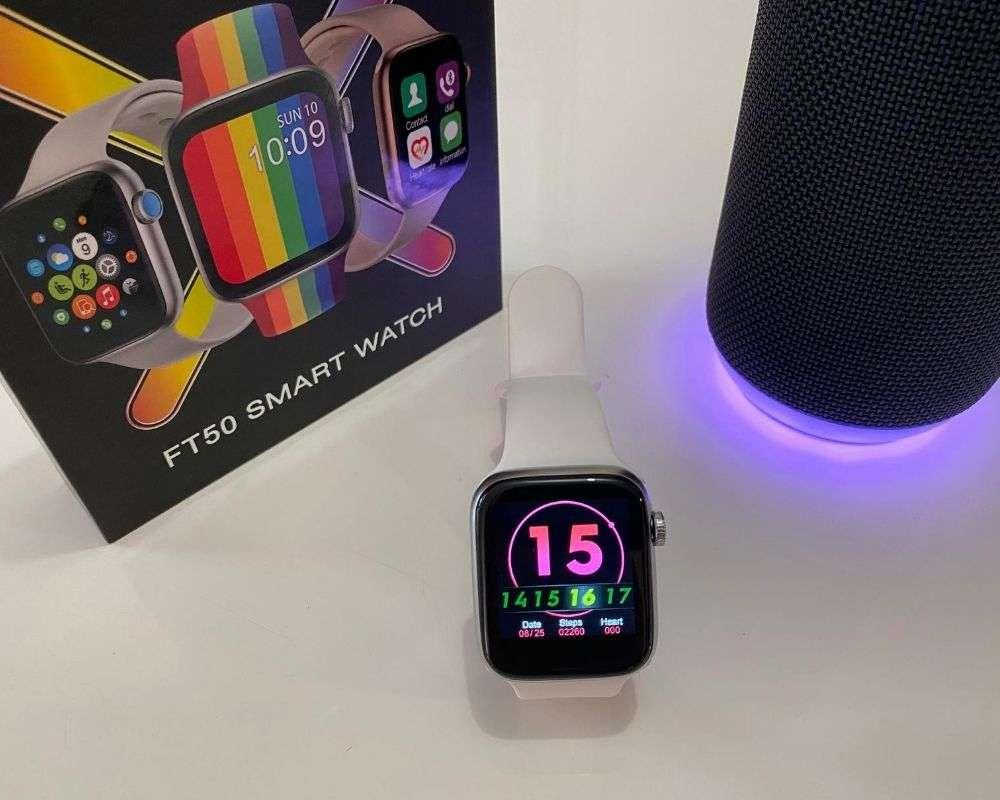 Smartwatch FT50 - Con precioso fondo rosa